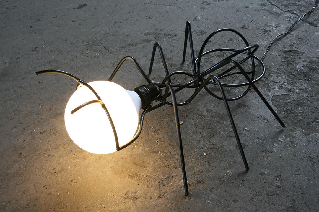 ANT LAMP - BALTASAR PORTILLO